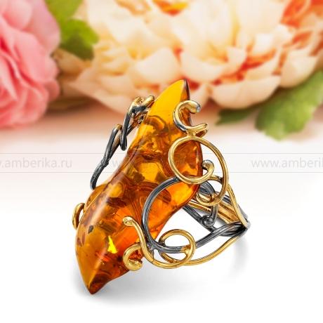 Кольцо из серебра с натуральным балтийским янтарем