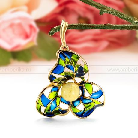 Кулон из серебра, украшенный лимонным янтарем и эмалью