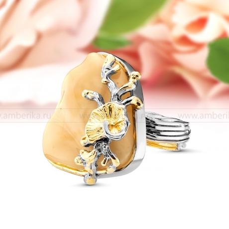 Кольцо из серебра с природным балтийским янтарем