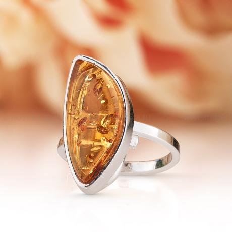 Кольцо посеребренное с природным балтийским янтарем