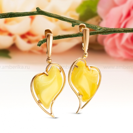Серьги из серебра, украшенные лимонным природным янтарем