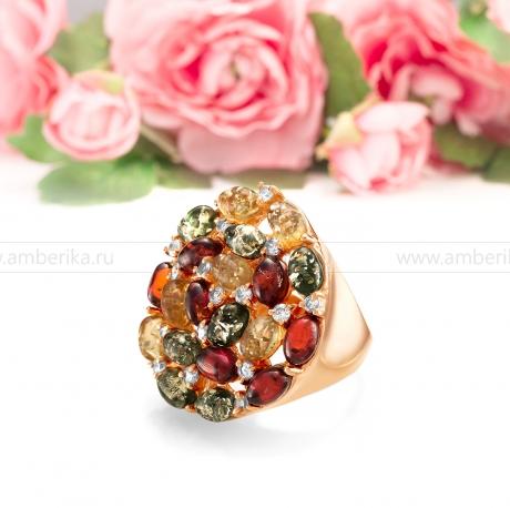 Кольцо из серебра с природным балтийским янтарем цвета