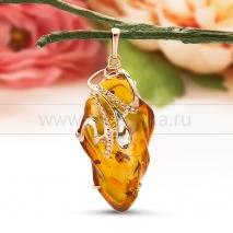 """Кулон """"Королева"""" из золота с балтийским янтарем"""