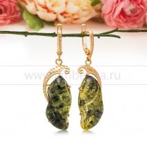 Серьги из золота 585 пробы с зеленым балтийским янтарем