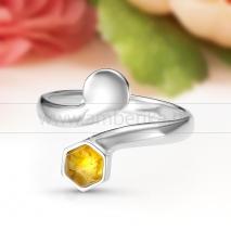 Кольцо из серебра с природным балтийским янтарем Лидия