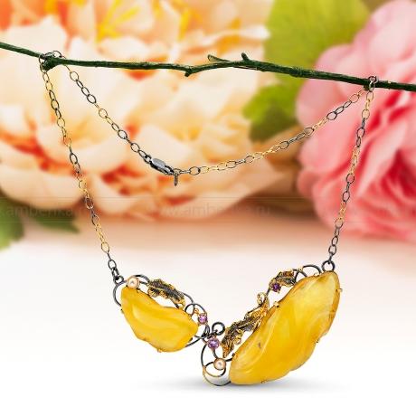 Колье из серебра, украшенное лимонным балтийским янтарем