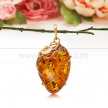 Кулон из золота 585 пробы с золотистым балтийским янтарем